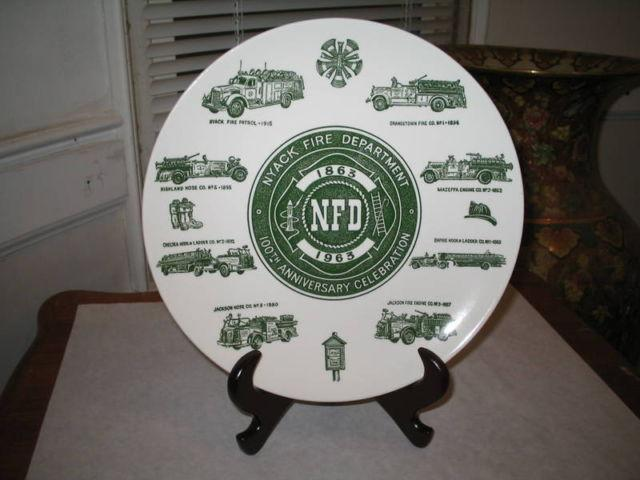 1977 Collector Plate She Walks