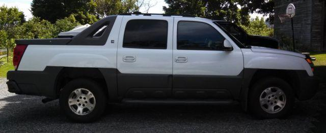 2002 Chevrolet Avalanche North Face Edition 4WD