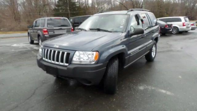 2004 Jeep Grand Cherokee SUV Laredo