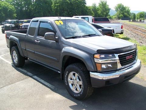 2009 GMC Canyon 4 Door Extended Cab Long Bed Truck
