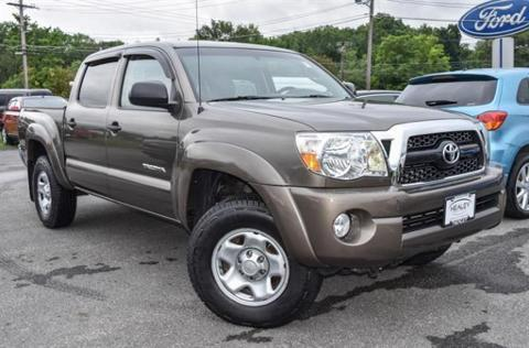 2011 Toyota Tacoma 4 Door Crew Cab Short Bed Truck