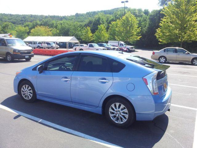 2012 Toyota Prius Plug-In with Advanced Package -
