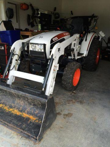 2013 bobcat ct 225 with backhoe