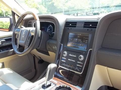2015 Lincoln Navigator 4 Door SUV