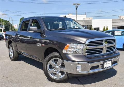 2016 RAM 1500 4 Door Crew Cab Short Bed Truck
