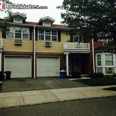 $950 room for rent in Queens Village Queens