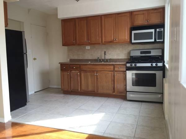 Beautiful, spacious 3-Bedroom Apartment Available - 115th Road