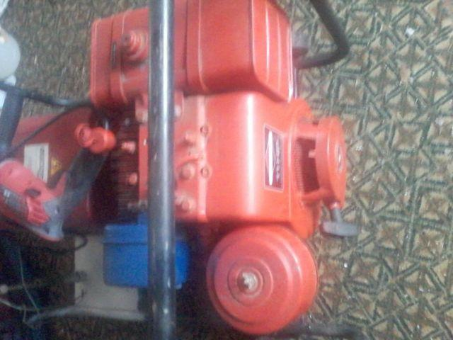 GENERATOR GASONLINE CHICAGO ELEC PWR TOOLS 6 KW 11 HP 120V/240V