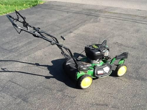 John Deere 3-Speed Walk-Behind Lawn Mower JS63C - caster front wheels