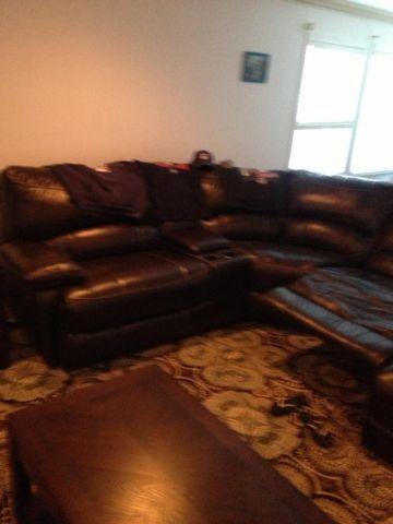 Like new dark brown 5 piece leather couches,