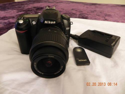 Nikon D50 6.1MP Digital Camera W/Remote
