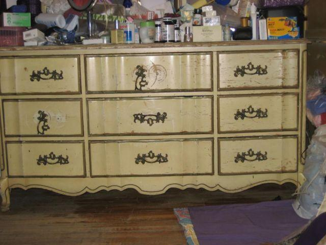 Solid Wood Dresser!! price reduced