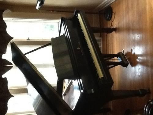 Steinway Grand Piano 1963 M Model - $12,000