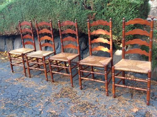 TELL CITY ANTIQUE LADDERBACK CHAIRS 5 In Seattle
