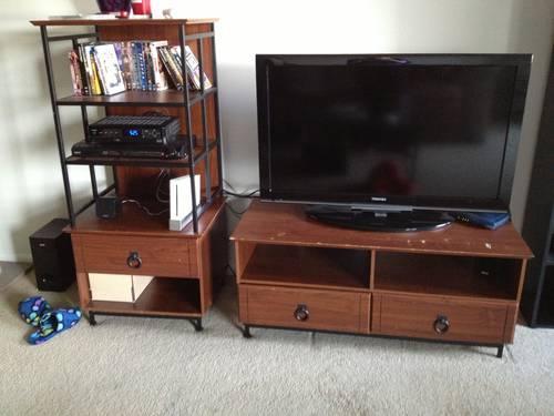 TV Entertainment Center Unit (Wooden)