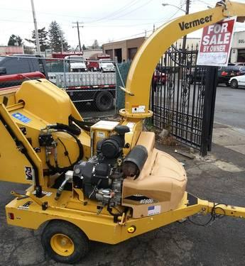 Vermeer Wood Chipper BC600XL 4831 Hours in Mineola, New York