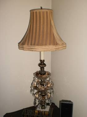 WEDGEWOOD TABLE LAMP!