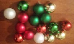 Up for sale is a lot of 17 Holiday Merry Christmas Ornaments that consist of flowers, plants, bell and bowties. Color: Red/Green/Gold Condition: In very good condition. Price: $12 Contact: 3477815571