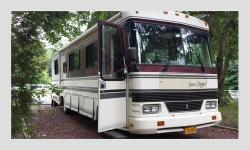 Excellent Condition 1992GulfStream32 ft 85,500 miles Cummins Turbo Diesel Allison transmission Only Reason selling is we went bigger with new RV! List of All New Repairs: Lifetime Roof Warranted RV Armor replaced in 2015 New Carpet / Commercial Linoleum