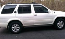 2001 Nissan Pathfinder Great Condition Never Been In An Accident Clear Carfax Rides smooth and there are no problems with it.