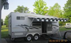 I have a very nice condition 2004 Keystone Tailgator toy hauler. This is the 210RR model (21 ft. floor plan) full front bathroom. Sleeps 6 including a queen size with pillow top mattress for the main bed. Full fridge and freezer, on-board generator, dual