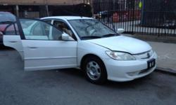 2005 honda civic hybrid Clean title This ad was posted with the eBay Classifieds mobile app.