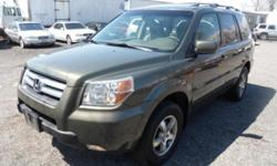 2006 Honda Pilot EXL 4X4 Leather moonroof 3RD ROW $8900 POWER Moonroof Fully Loaded, FOG LIGHTS AM/FM/CD tilt, cruise, dual airbags, Fully Loaded Leather Power Heated Seats 3RD ROW 4 DOOR, 4X4, AUTOMATIC, DUAL AIRBAGS, ABS BRAKES, A/C, CRUISE CONTROL,