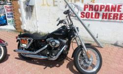 "2007 Harley Davidson Street Bob Excellent Condition - 96"" motor with 6 Speed Transmission - Only 4,400 miles!!!! - Please Call only. 631-669-3069 Ask for Tom - DO NOT EMAIL. Thanks"