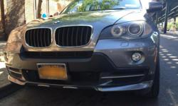 Fully loaded 2008 Bmw X5 3.0si, in beautiful, pristine and amazing condition both mechanically and exterior. Has 74,780 miles, Very well maintained and garage parked, non smoker, all black leather interior. Also has Mpowered sports trim kit, as well as