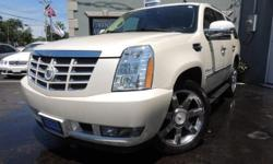 TAKE A LOOK AT THIS WHITE DIAMOND TRICOAT 2008 CADILLAC ESCALADE LUXURY, HAS BEEN REGULARLY MAINTAINED AND HAS A CLEAN CARFAX REPORT. THIS CADILLAC IS EQUIPPED WITH A 6.2L V8 ENGINE, AUTOMATIC ALL WHEEL DRIVE AWD TRANSMISSION, TAN LEATHER INTERIOR WITH