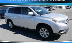 To learn more about the vehicle, please follow this link: http://used-auto-4-sale.com/108681089.html Familiarize yourself with the 2011 Toyota Highlander! It just arrived on our lot this past week! Top features include front bucket seats, front and rear