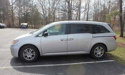 Condition: Used Exterior color: Silver Interior color: Gray Transmission: Automatic Fule type: GAS Engine: 6 Drivetrain: FWD Vehicle title: Clear Body type: Mini Passenger Van DESCRIPTION: This car (Honda Odyssey, 2012, EX-L) was only bought for 6 months.