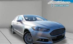 Reclaim the joy of driving when you hop in this 2013 Ford Fusion. This Ford Fusion offers you 28258 miles and will be sure to give you many more. You'll absolutely love all of the included features such as: heated seatspower seatsrear view camerapower