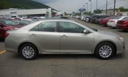 To learn more about the vehicle, please follow this link: http://used-auto-4-sale.com/108089750.html Our Location is: Feduke Ford Lincoln - 2200 Vestal Parkway East, Vestal, NY, 13850 Disclaimer: All vehicles subject to prior sale. We reserve the right to