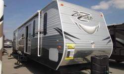 (585) 617-0564 ext.289 New 2015 Crossroads Zinger 39TS Travel Trailer for Sale... http://11079.greatrv.net/s/16945593 Copy & Paste the above link for full vehicle details
