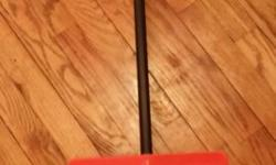 Up for sale is a shovel Color Black/Orange Measures approx 35 inches height x 12 width For the removal of leaves/snow For home/garden use. Condition: In very good working condition. Tested. Price: $20 Contact: 3477815571