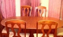 Excellent condition dining set, tables and chairs, seats 6. You will need to arrange for it to be picked up.