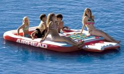 Hang out on AIRHEAD's COOL ISLAND and have a party! Suntan on the roomy sundeck, then cool off splashing around in the mesh area. Four drink holders and a sundry holder, perfect for storing suntan lotion, are conveniently located between the wet and dry
