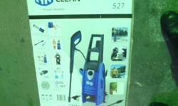 BLUE CLEAN ELECTRIC PREASSURE POWER WASHER 1750, AND 1800 PSI MODEL 527 D/C 1311 HIGH PREASSURE CLEANING POWER WASHER FOR VEHICLES,DESKS,FENCES,SIDING,BRICKS,DRIVEWAY,BOATS AND TRAILERS. SALE$91