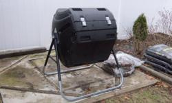 Lifetime compost tumbler comes with DVD & instruction manual , excellent condition please call 631-415-7489 for more info