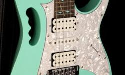 Enter the Ibanez Steve Vai JEM70V solidbody electric guitar, designed to keep up with the fastest and most intricate players. The JEM70V pays tribute to the incredible musical versatility of Steve Vai, sporting a basswood body for a classic tone that