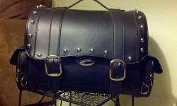Saddlemen Desperado Express Tail Bag - 35030054 Motorcycle Luggage for backrest Never used Very nice black, studded luggage for back rest with keys to lock it Purchased in April of 2013 for $130.00